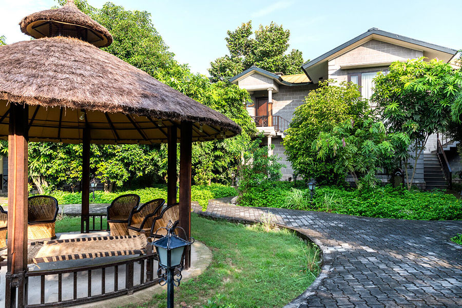 Aahana Resort Outer View
