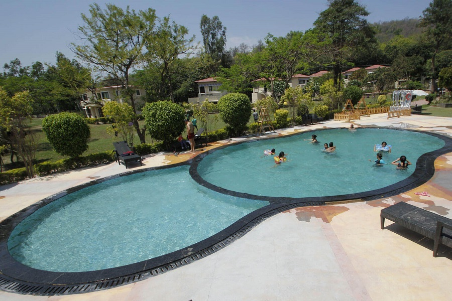 Swimming Pool Manu Maharani