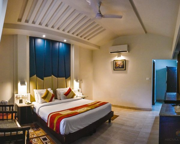Luxury Cottage Manu Maharani Corbett